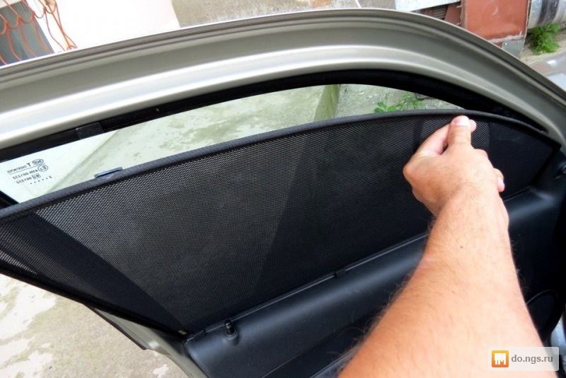 Сетка на окно автомобиля